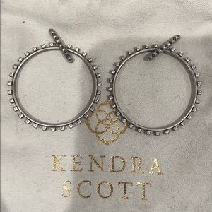 Authentic KENDRA SCOTT Charlie Grace Hoops